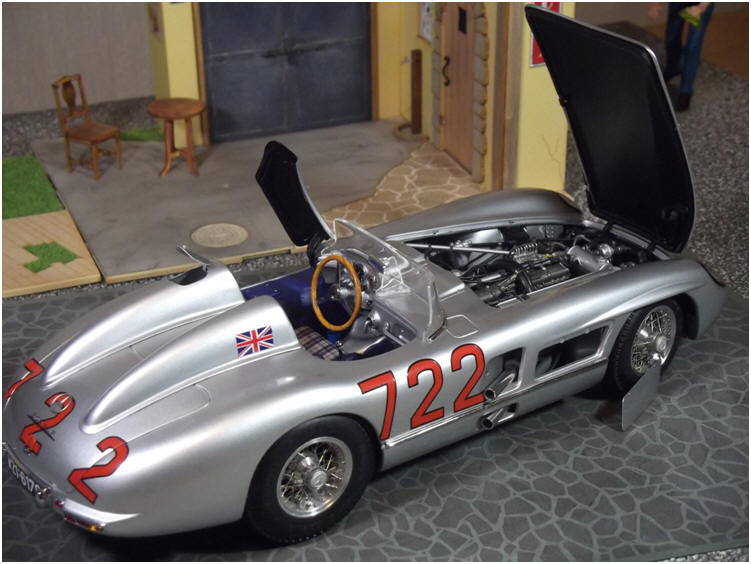 Striking details of CMC 1/18 Mercedes Benz 300 SLR 1955.